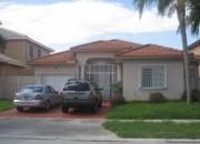 Espectacular Casa localizada en Miami Lake