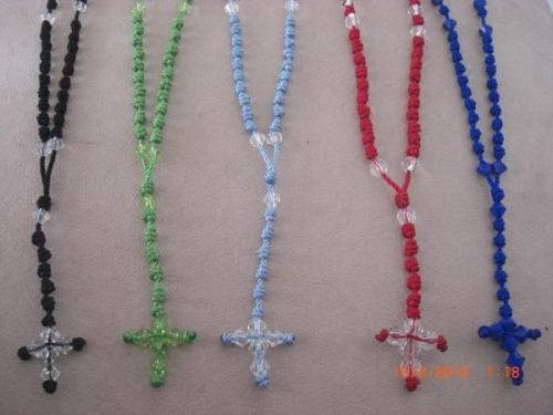 Decenarios pulseras y rosarios de hilo