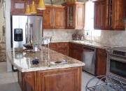 Gabinetes de Cocina en Madera Sólida- Estimado Gratis
