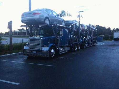 Transporte y embarque de todo tipo de vehiculos