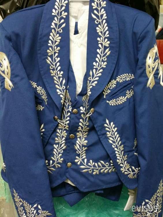 d812bf68e9bb Trajes charro & vestidos en Los Angeles - Ropa y calzado | 43214.