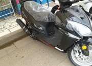 Vendo motocicleta honda