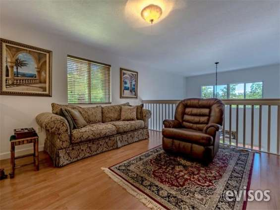 House-for-sale-in-florida-doral