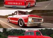 Camionetas pintadas de color rojo