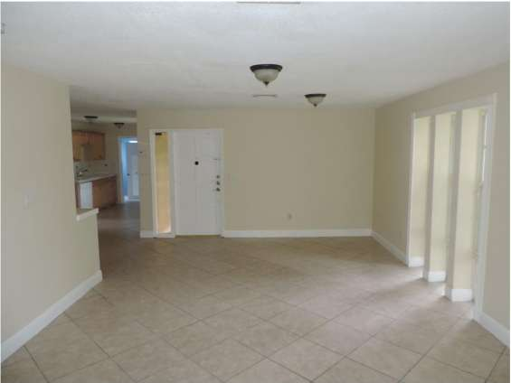 Single-house-for-rent-in-miami